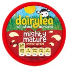 Dairylea mighty mature cheese spread - 160g