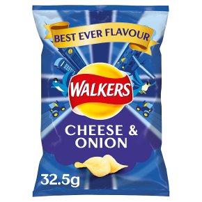 Walkers cheese & onion single crisps
