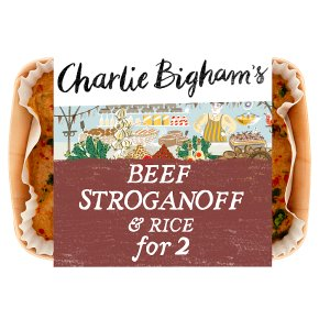 Charlie Bighams beef stroganoff & rice